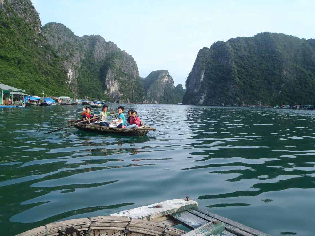 a23f3c9c1bccb9 Energised Travelling - Ha Long Bay