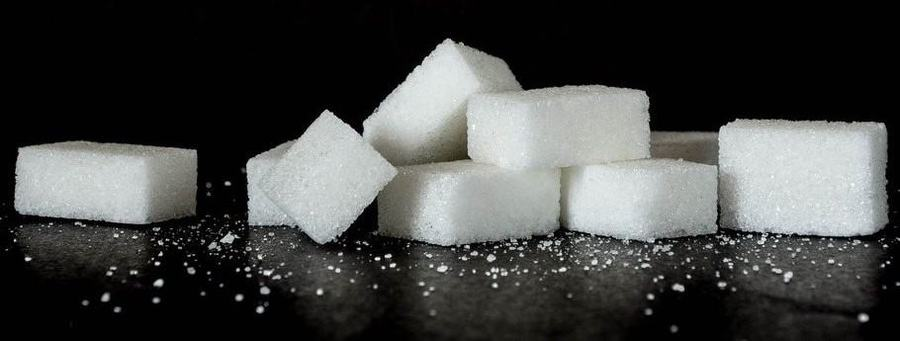 nine sugar cubes next to each other