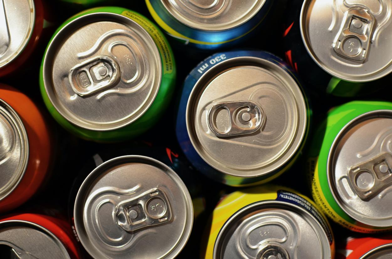 Energy Drinks VS Sodas (Comparisons)