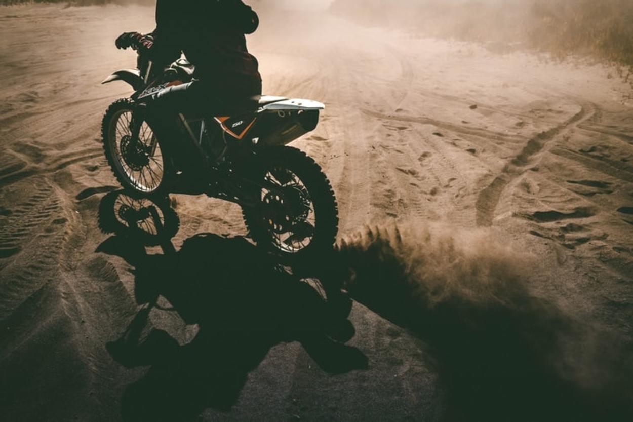 Best Energy Drinks For Motocross (Ride High)