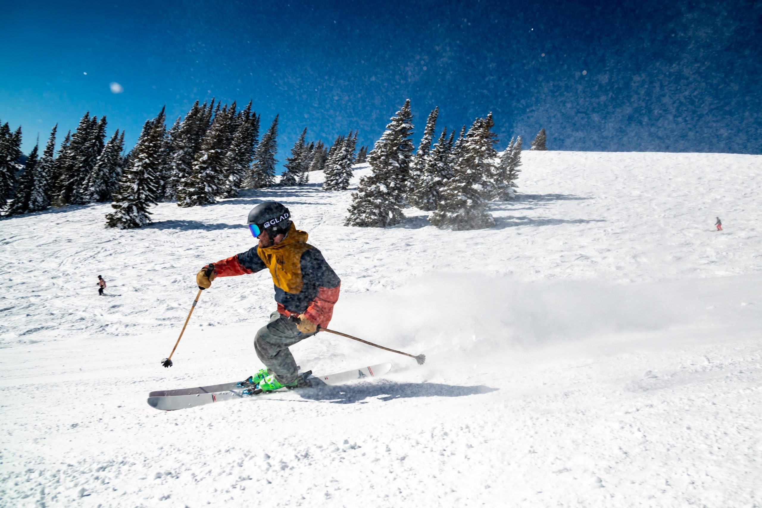 Best Energy Drinks For Snow Skiing (Winter is Coming)