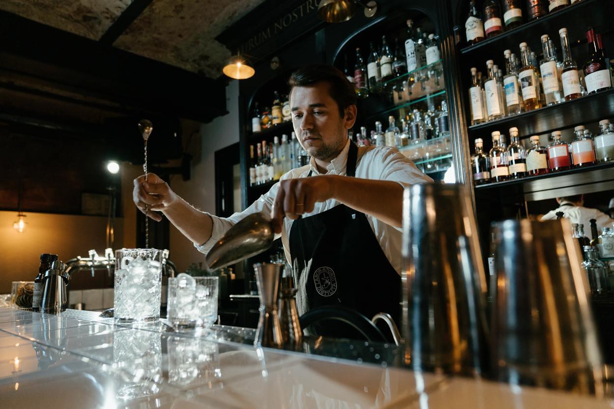 Man mixing cocktails.